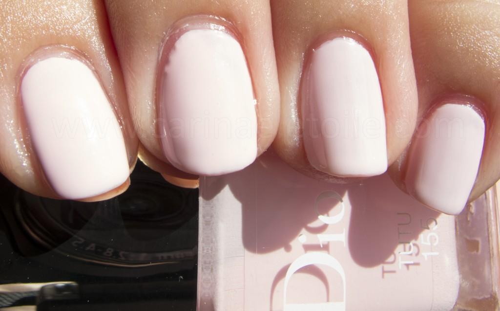 Dior Cherie Bow nail polish - Tutu
